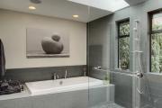 Фото 4 Стеклообои в ванной: дизайнерские особенности, преимущества и уход за ними