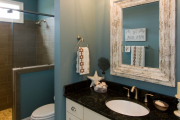 Фото 22 Стеклообои в ванной: дизайнерские особенности, преимущества и уход за ними