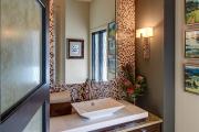 Фото 26 Стеклообои в ванной: дизайнерские особенности, преимущества и уход за ними