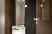 Фото 27 Стеклообои в ванной: дизайнерские особенности, преимущества и уход за ними