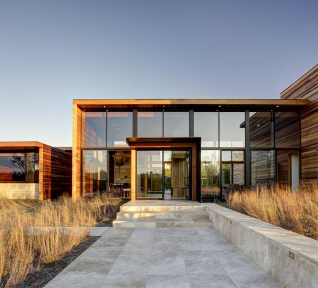 Деревянный каркас создает эксклюзивный стиль строения