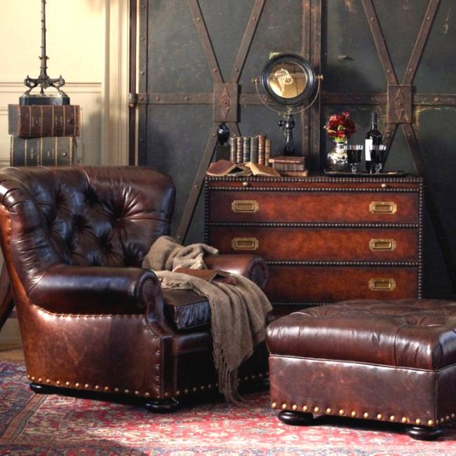 Добротная кожаная мебель