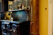 Фото 32 Стиль стимпанк в интерьере: эстетика паровых машин и блеск викторианской Англии