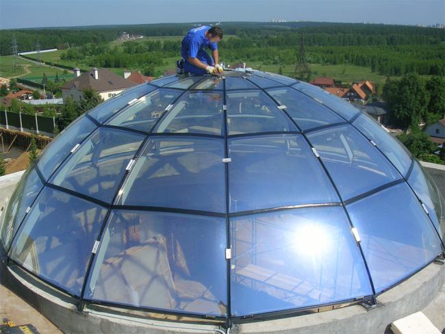 Крыша-купол из стекла - максимум солнечного света