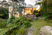 Фото 2 Строительство дома на склоне: обзор проектов, способы и особенности возведения