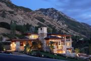 Фото 12 Строительство дома на склоне: обзор проектов, способы и особенности возведения