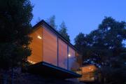 Фото 24 Строительство дома на склоне: обзор проектов, способы и особенности возведения