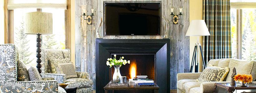 Секреты гармоничного и удобного дизайна гостиной с телевизором над камином