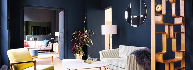 Роскошь индиго: 60+ вариантов стильных темно-синих обоев в интерьере