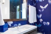Фото 9 Роскошь индиго — темно-синие обои (70+ фото): психология цвета в интерьере и советы дизайнеров