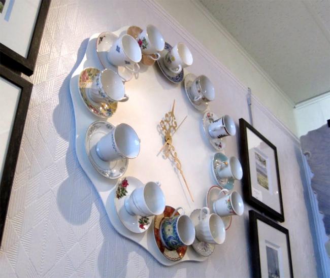 Эксклюзивный вариант настенных часов для кухни