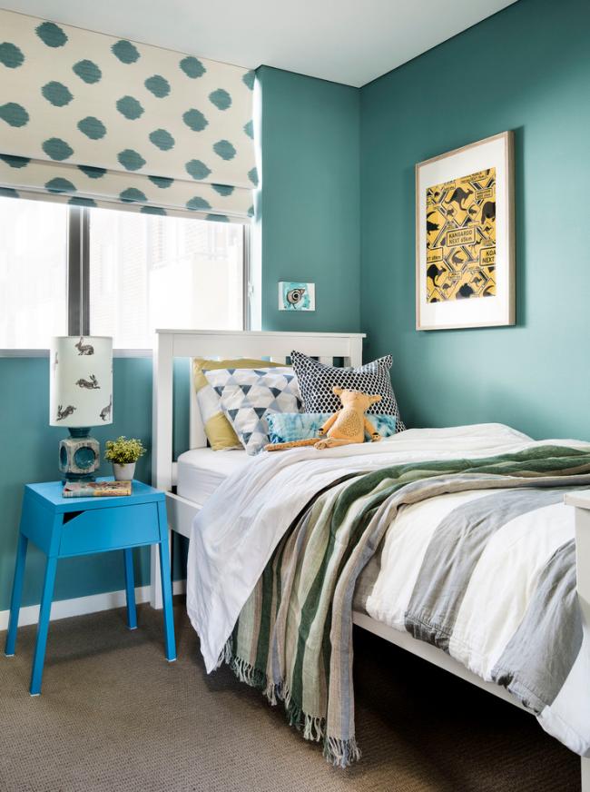 Для дизайна спальни лучше выбирать спокойные оттенки