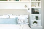 Фото 22 Шкафы в спальню над кроватью: интерьерное применение, материалыи установка