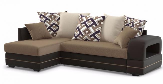 Лаконичный дизайн дивана можно разбавить подушками с геометрическим принтом