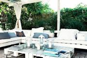 Фото 23 Стильная мебель без ущерба бюджету: делаем диван из поддонов своими руками
