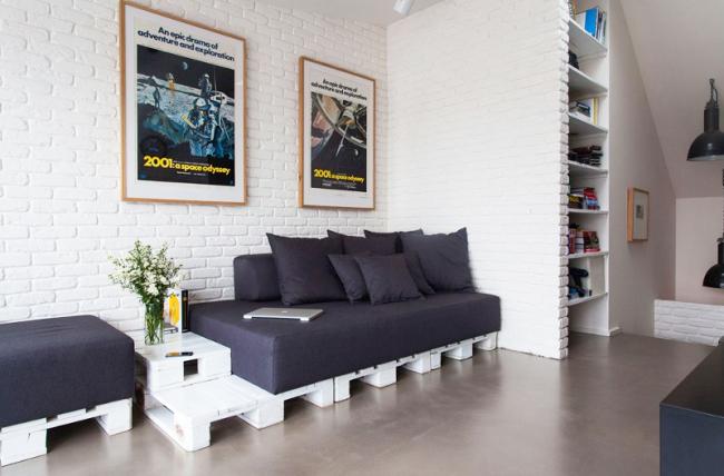 Паллеты, оставшиеся после строительных работ, можно применить при конструировании мебели