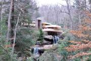 Фото 10 Обаяние антиурбанизма (50+ фото): обзор «Дома над водопадом» Фрэнка Ллойда Райта и почему он так знаменит?