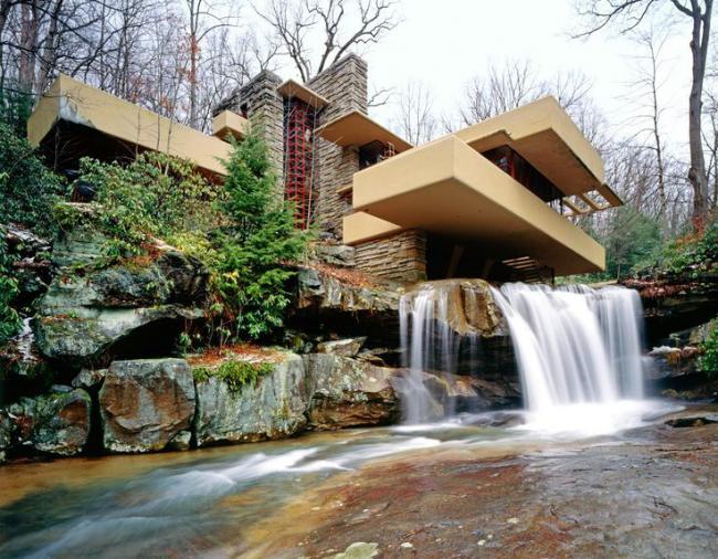 """""""Дом над водопадом"""" является воплощением гармонии человека и природы"""