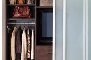 Фото 14 Как выбрать фасады для шкафов-купе? Виды, материалы и рекомендации дизайнеров