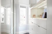 Фото 15 Как выбрать фасады для шкафов-купе? Виды, материалы и рекомендации дизайнеров