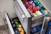 Фото 4 Встроенный в шкаф холодильник: выбор техники и виды установки для максимального комфорта