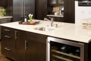 Фото 14 Встроенный в шкаф холодильник: выбор техники и виды установки для максимального комфорта
