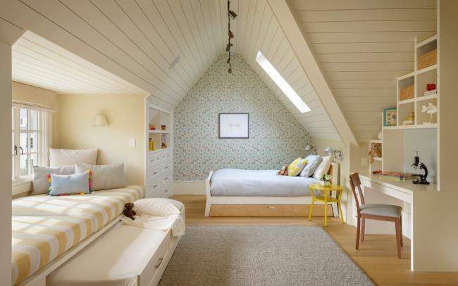 Одной из главных составляющих детской комнаты является ее экологичность и освещенность