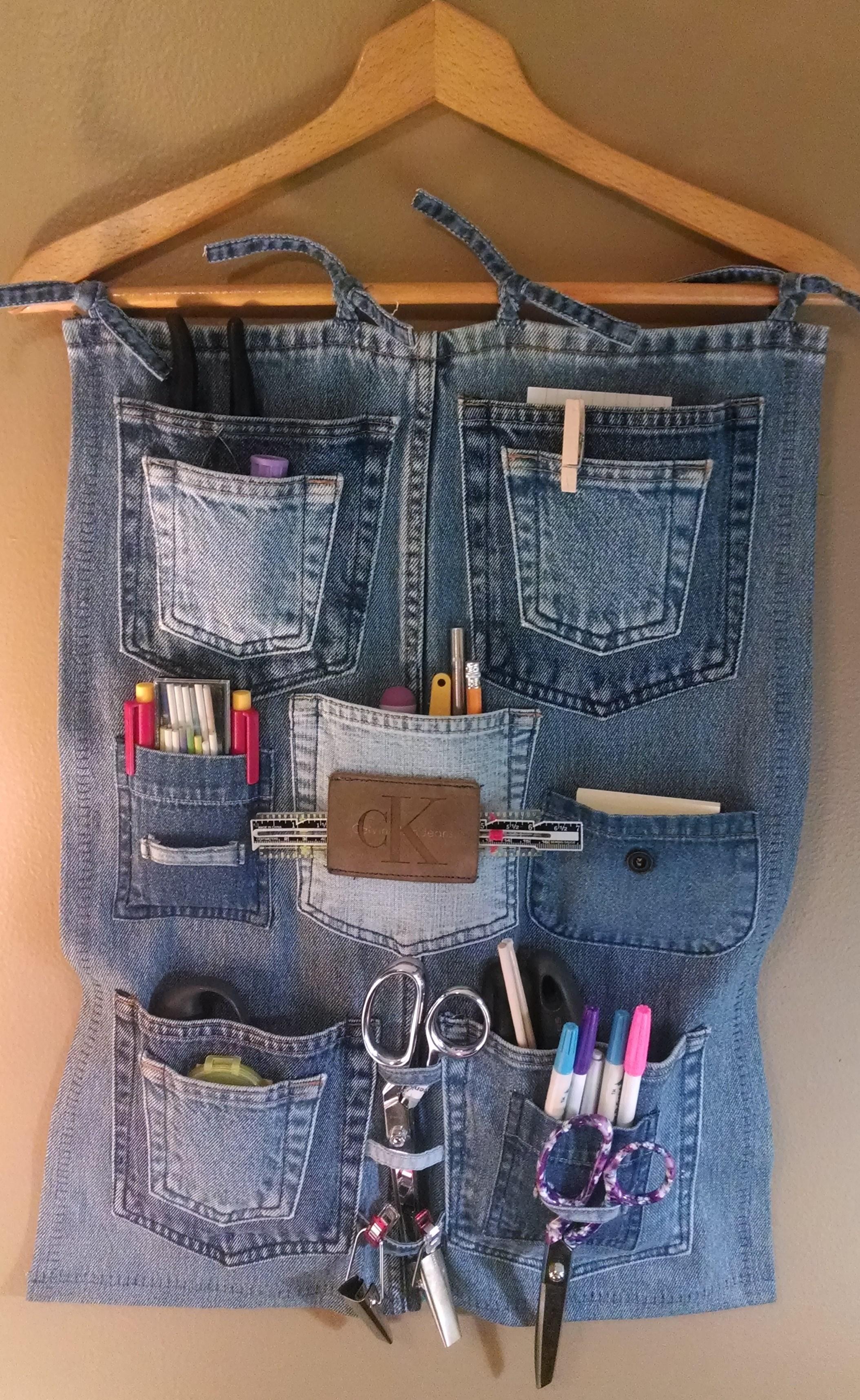 Поделки и новая одежда из старого джинса: 70 оригинальных идей 91