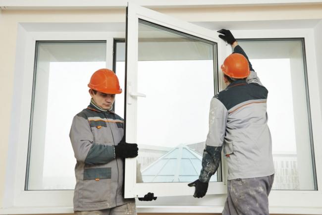 При образования конденсата внутри стеклопакета, его необходимо заменить