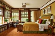 Фото 15 Полки на потолке: как сэкономить полезное пространство в квартире? Идеи и советы