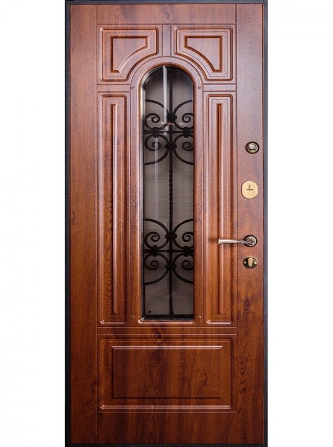 Роскошная дверь из темного дерева