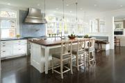 Фото 6 Элегантные кухни с темным полом: 80+ фотоидей для лаконичных и стильных кухонных интерьеров
