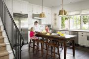 Фото 9 Элегантные кухни с темным полом: 80+ фотоидей для лаконичных и стильных кухонных интерьеров