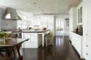 Фото 13 Элегантные кухни с темным полом: 80+ фотоидей для лаконичных и стильных кухонных интерьеров