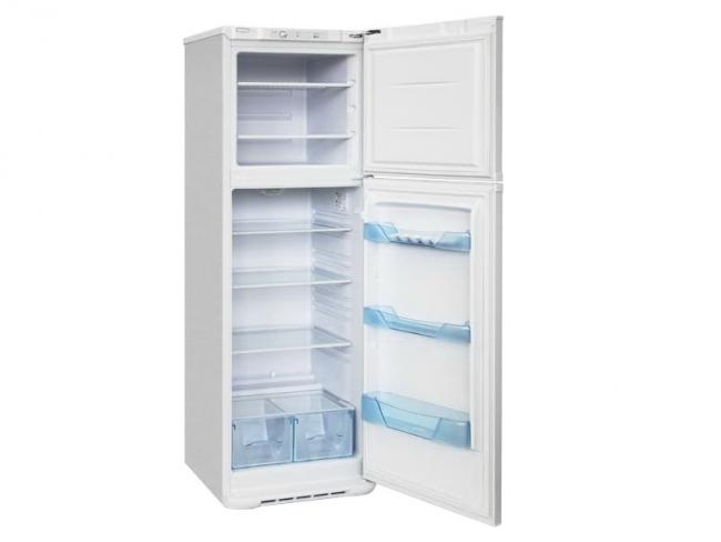 Узкий холодильник Бирюса 139