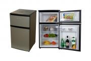 Фото 6 Выбираем узкий холодильник для кухни: рейтинг и сравнение лучших моделей 2018 года