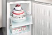 Фото 21 Выбираем узкий холодильник для кухни: рейтинг и сравнение лучших моделей 2019 года
