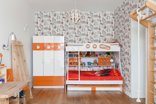 Яркий современный интерьер для двух детей