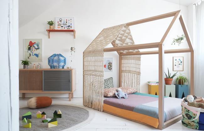 Скандинавский интерьер простой комнаты