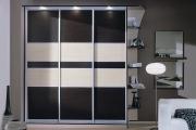 Фото 26 Выбор дизайнеров: 60+ фотоидей для лаконичного интерьера с черно-белым шкафом