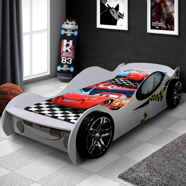 Выбирайте кровать-машину вместе с ребенком и не ошибетесь
