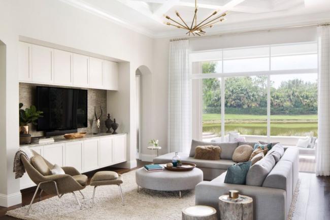 Угловой диван отлично подойдет для гостиной комнаты