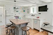 Фото 5 Курс на винтажность: обзор стильных ретро-холодильников для кухонного интерьера
