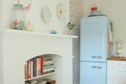 Фото 25 Курс на винтажность: обзор стильных ретро-холодильников для кухонного интерьера