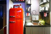 Фото 3 Курс на винтажность: обзор стильных ретро-холодильников для кухонного интерьера