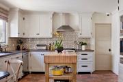 Фото 20 Дизайн кухни с бежевым фартуком: обзор стильных вариантов отделки и правильных сочетаний
