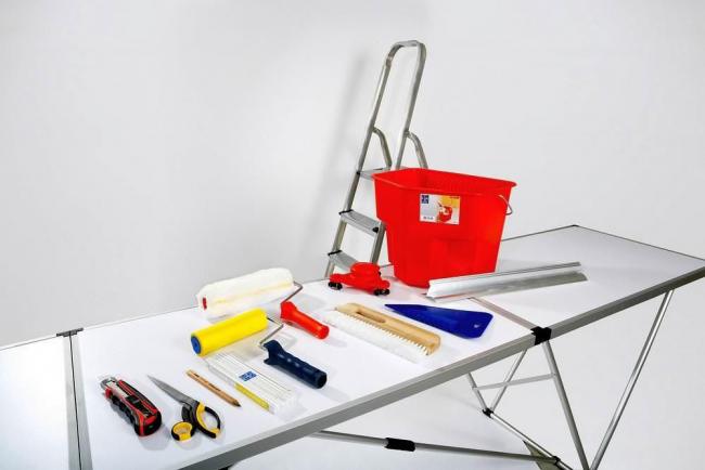 Самостоятельная работа по отделке стен требует наличие данных инструментов