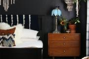 Фото 1 Оформление стен в комнате: лучшие фотоидеи и тренды 2019 года, цветовые гаммы, материалы и орнаменты