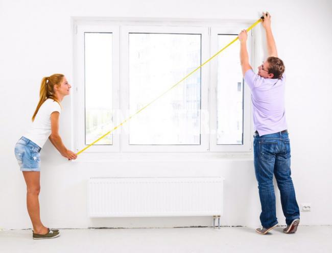 Перед пошивом штор необходимо замерить окно