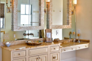 Фото 4 Освещение зеркала: 60+ реализаций в интерьере и элегантные варианты своими руками
